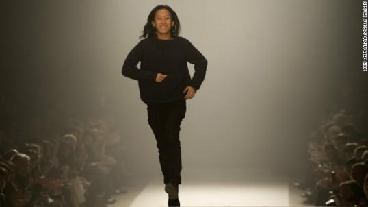 130215172007-alexander-wang-fashion-week-2013-story-top