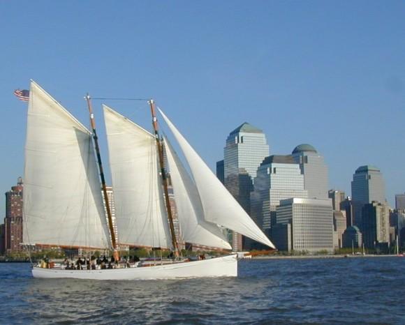 8 Cruises Around New York With Classic Harbor Line