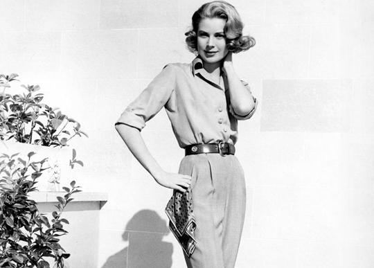 10 Decades of Style: Top Female Fashion Icons