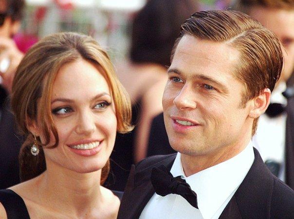Brad Pitt and Angelina Jolie tie the knot!