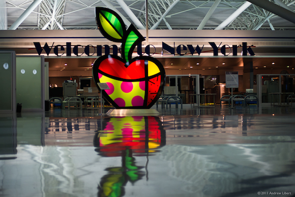 JFK_Britto_Apple1