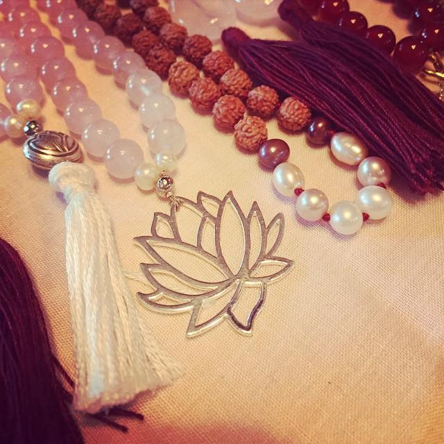 mala beads yoga