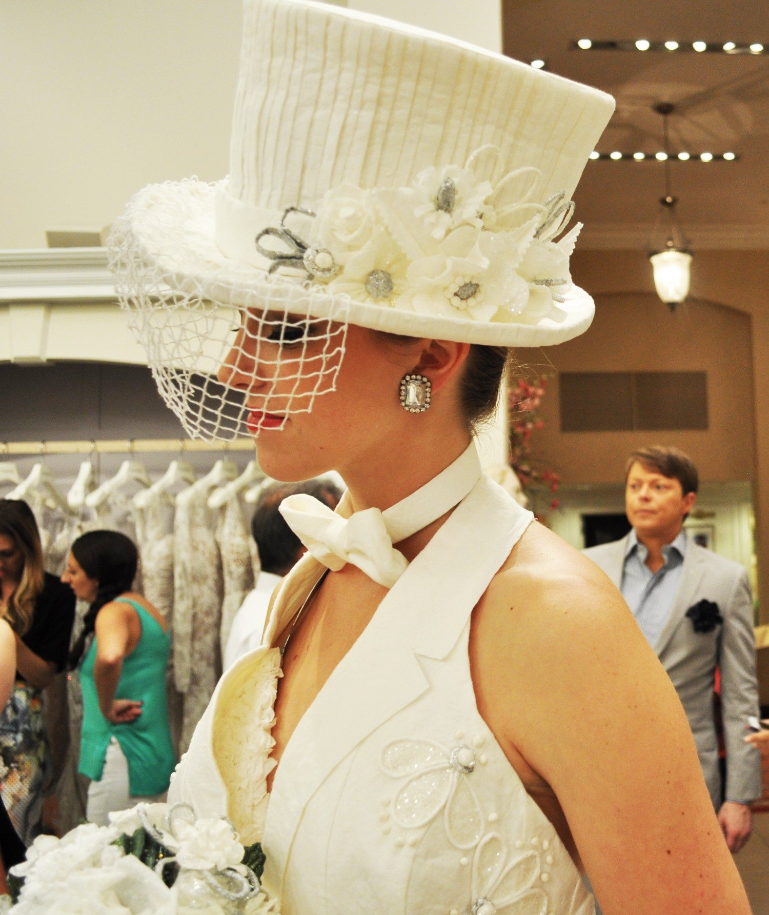 Cheap Chic Wedding Dress Winner Announced at Kleinfeld Bridal ... bee6f3de6cc