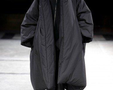 Yohji Yamamoto F/W 2014 Photo courtesy of Monica Feudi/Feudiguaineri.com