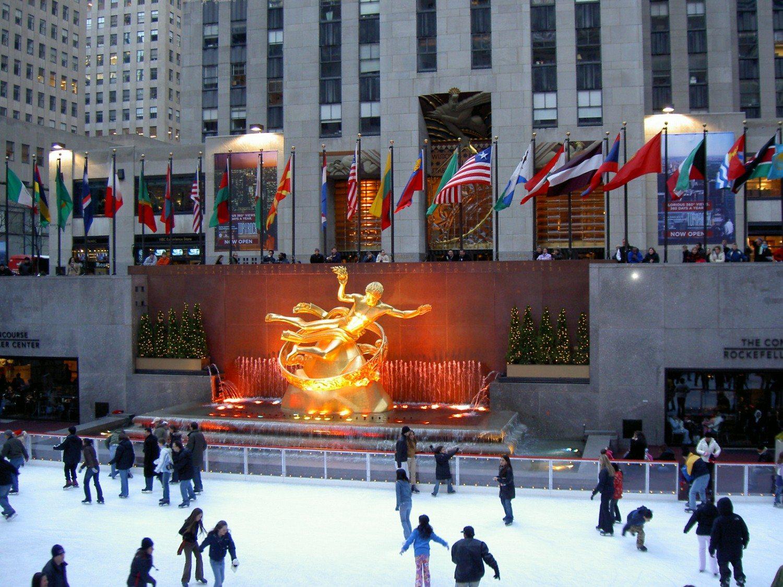 Rockefeller_Center_(2006)
