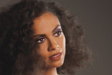 amel-larrieux-new-652x367