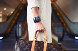 fashion-woman-cute-airport