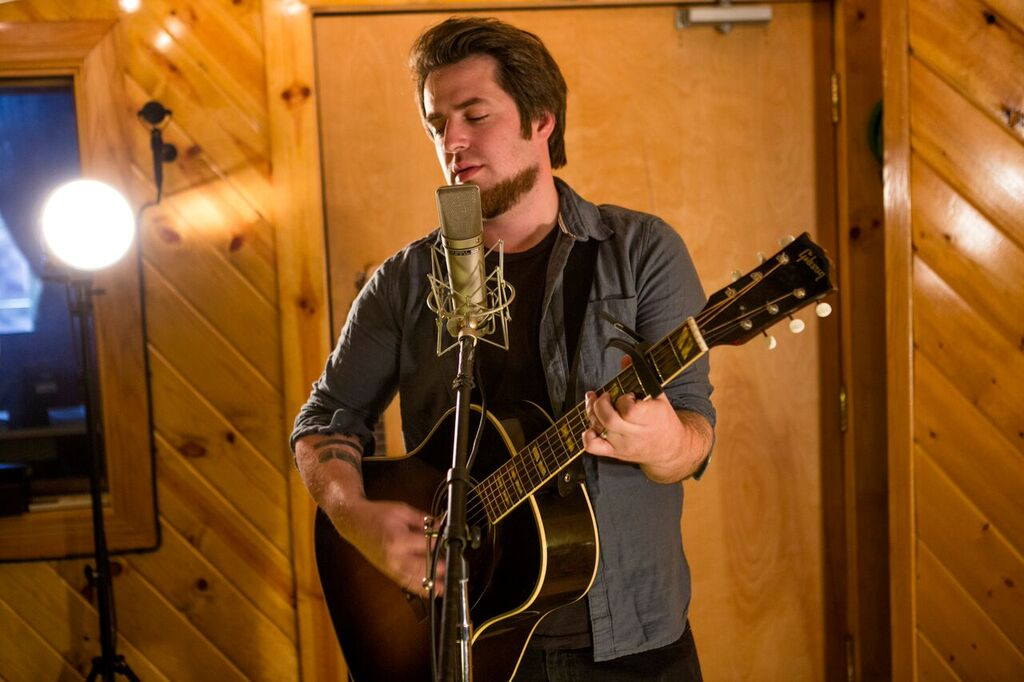 Lee Dewyze Photos – Pictures of Lee Dewyze | Getty Images