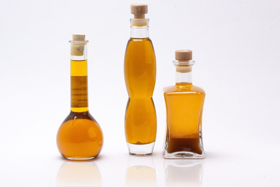 Best Beauty Oils To Correct Winter Damaged Skin and Hair