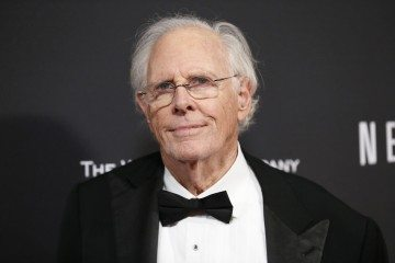 Actor Bruce Dern poses at The Weinstein Company & Netflix after party after the 71st annual Golden Globe Awards in Beverly Hills, California January 12, 2014. REUTERS/Danny Moloshok (UNITED STATES - Tags: Entertainment)(GOLDENGLOBES-PARTIES) - RTX17BVU