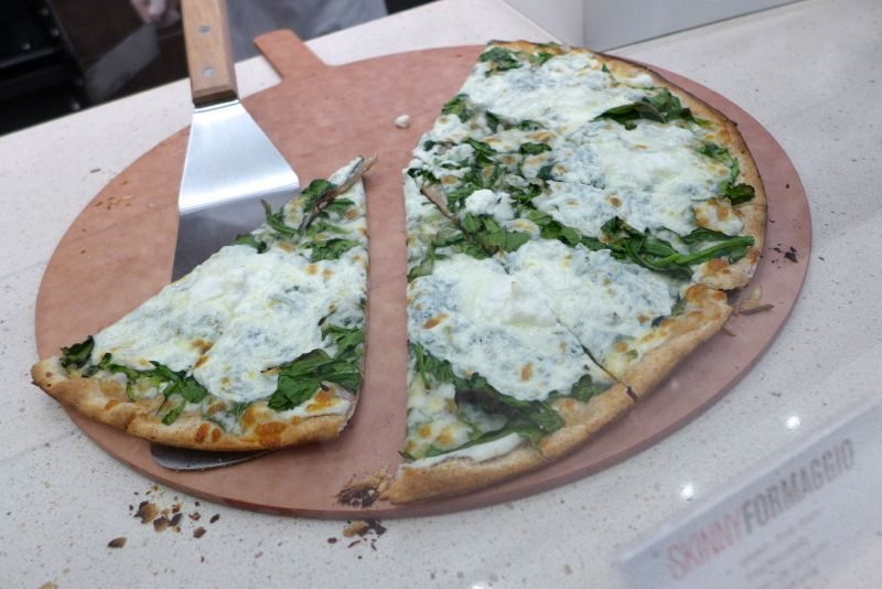 Brookfield-Place-Hudson-Eats-Skinny-Pizza-pizza
