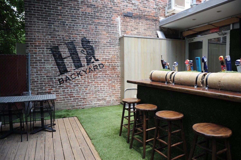 HENRI'S On Fifth opens sister location; HENRI's Backyard debuts in Brooklyn