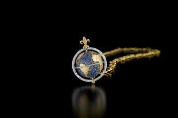 LB003_Capvt Mvndi Sfumatura Sapphire Globe