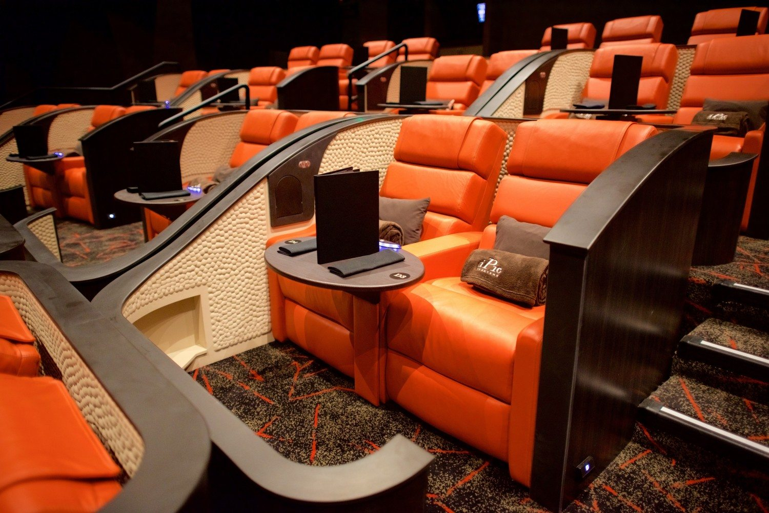 iPic Theaters_Premium Plus