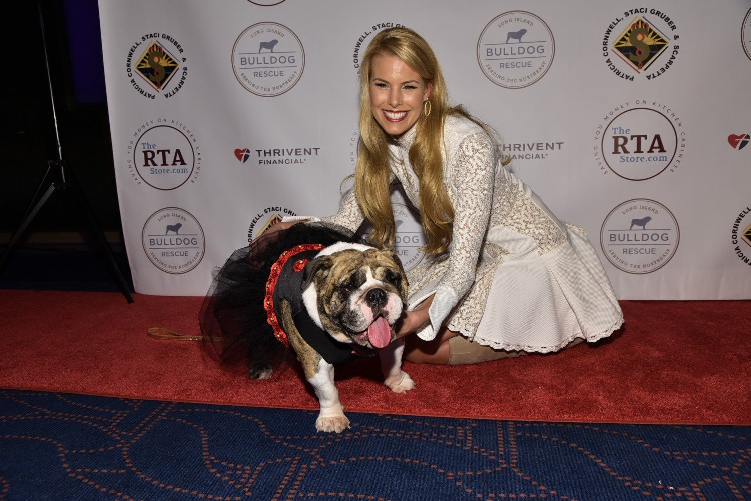 Beth Ostrosky Stern on the Dec. 12 Beth Stern & Friends' Bash For The Bulldogs, life with Howard & more