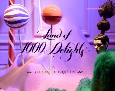 Saks Fifth Avenue unveils: Land of 1000 Delights, 2016 Holiday Windows and Light Show