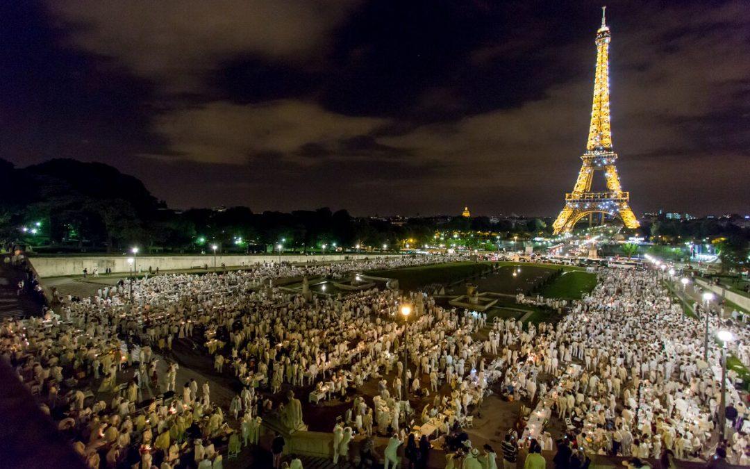 Dîner en Blanc Paris Celebrates 30th Anniversary