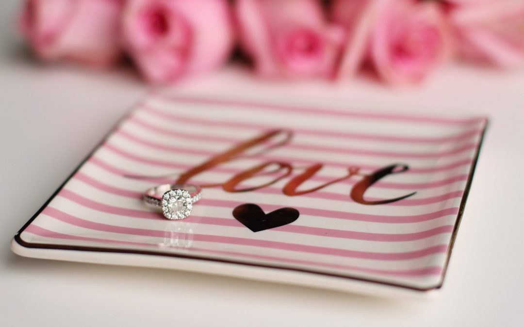 5 Classic Gift Ideas For Valentine Day's