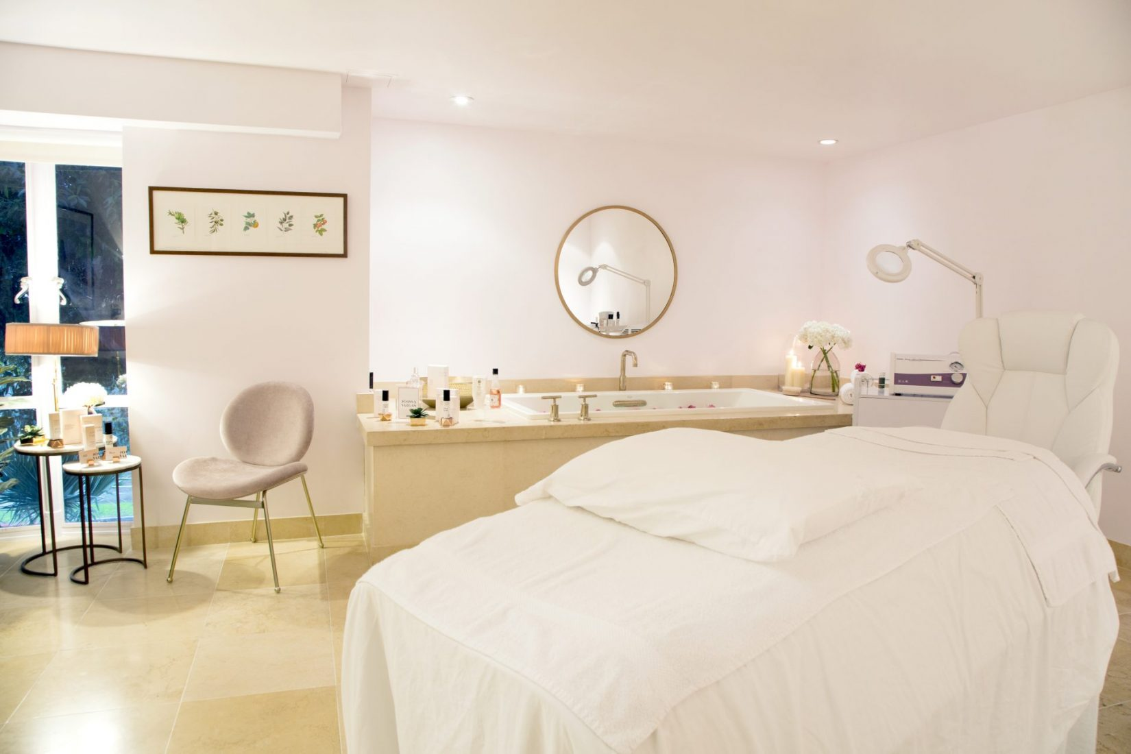 Get Ready to Glow with a Lymphatic Drainage Massage at Joanna Vargas Salon