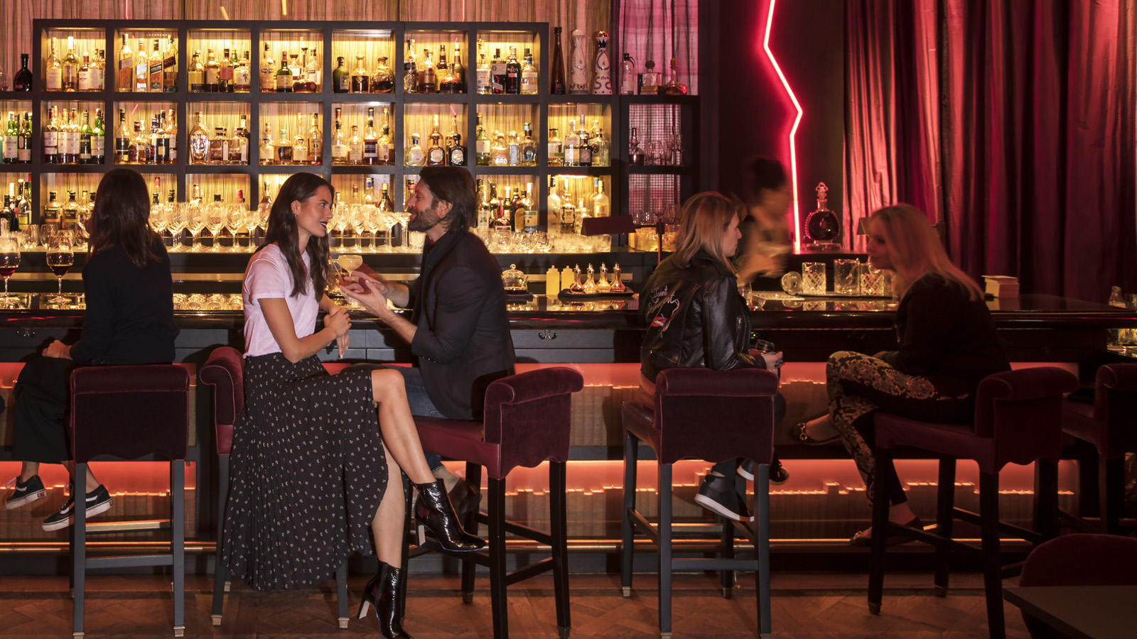 Live the Life of Luxury at Four Seasons Downtown this Valentine's Day