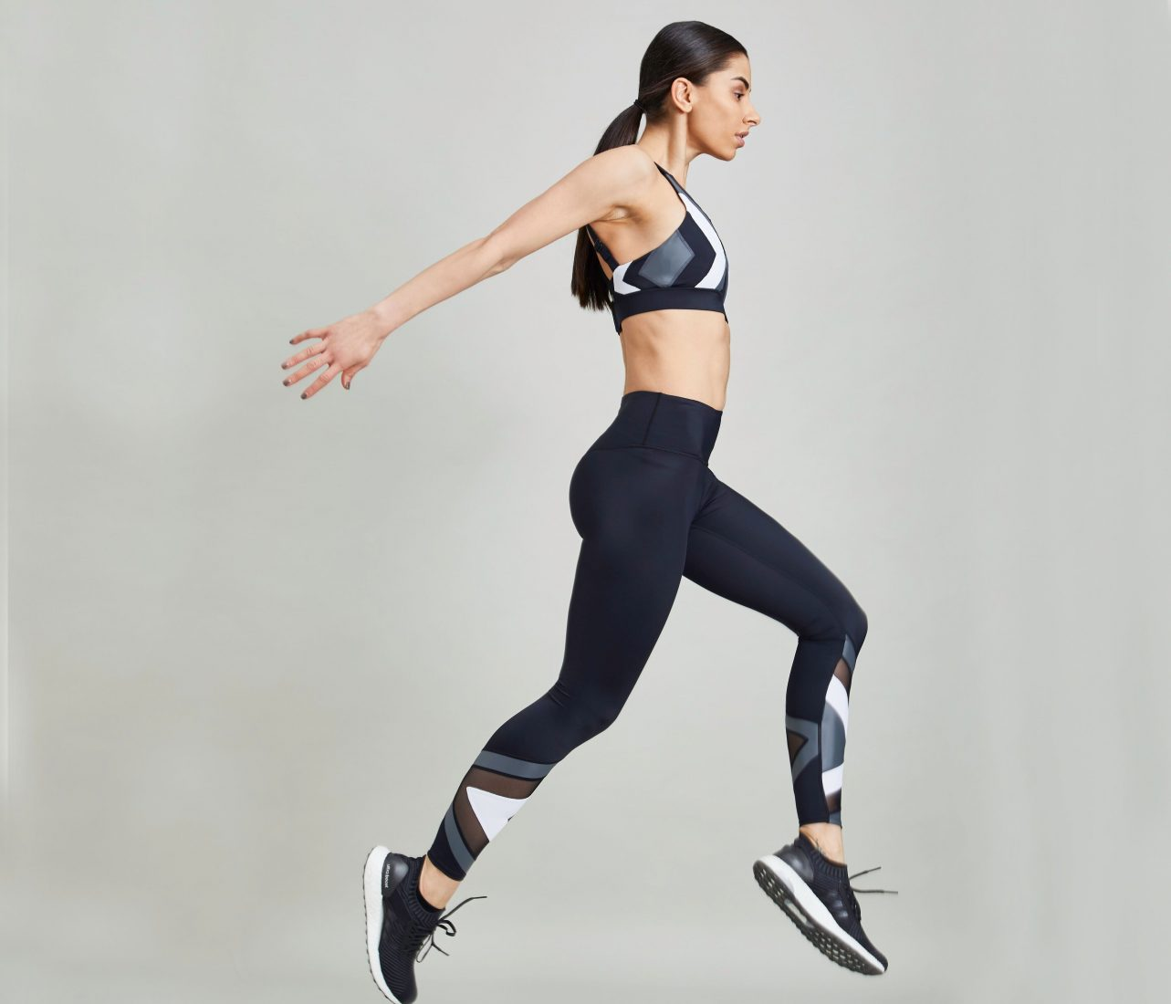 Urban Savage is Activewear Designed by a Barre Expert