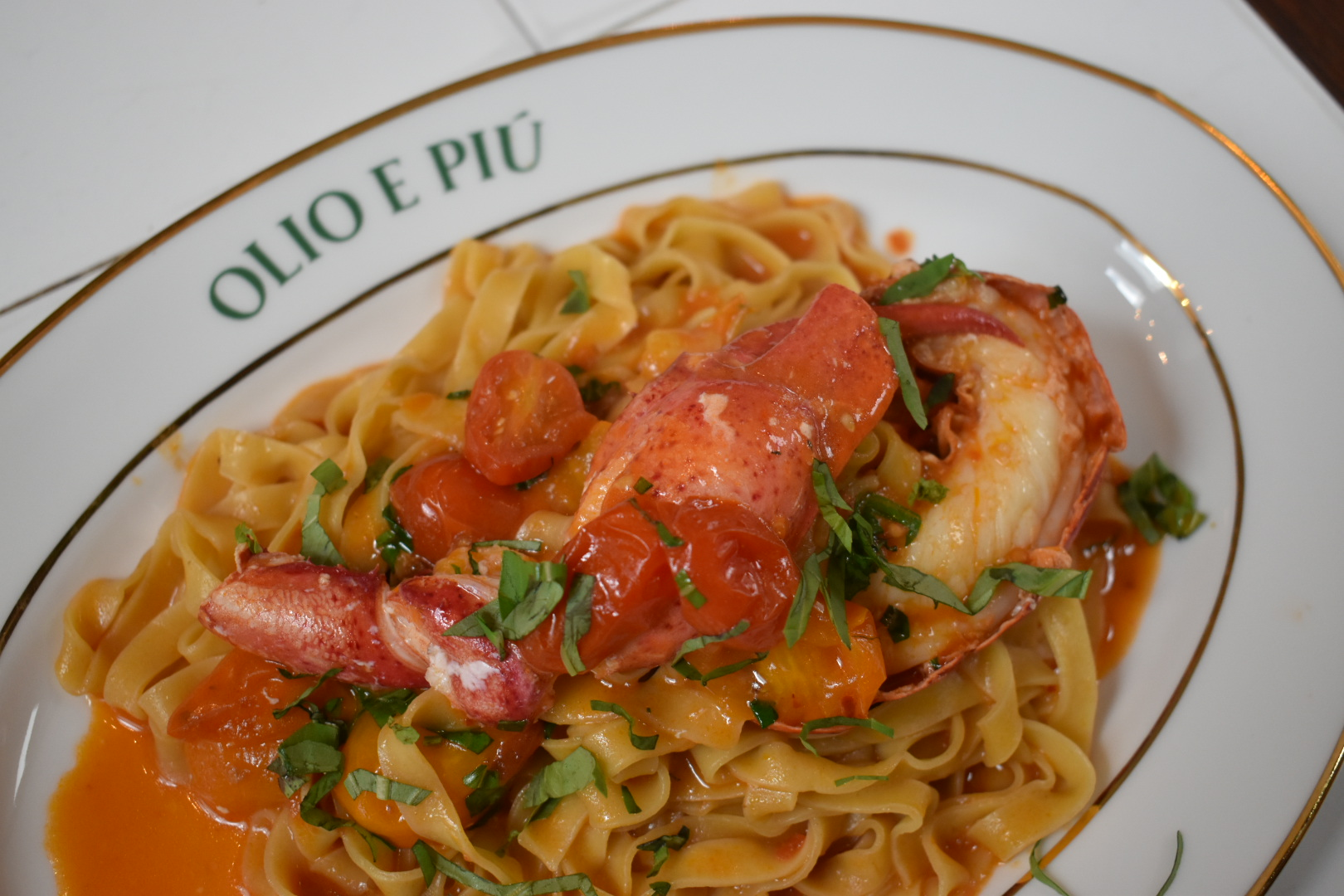 Your Weekly Indulgence: Lobster Fettuccine at Olio e Piú