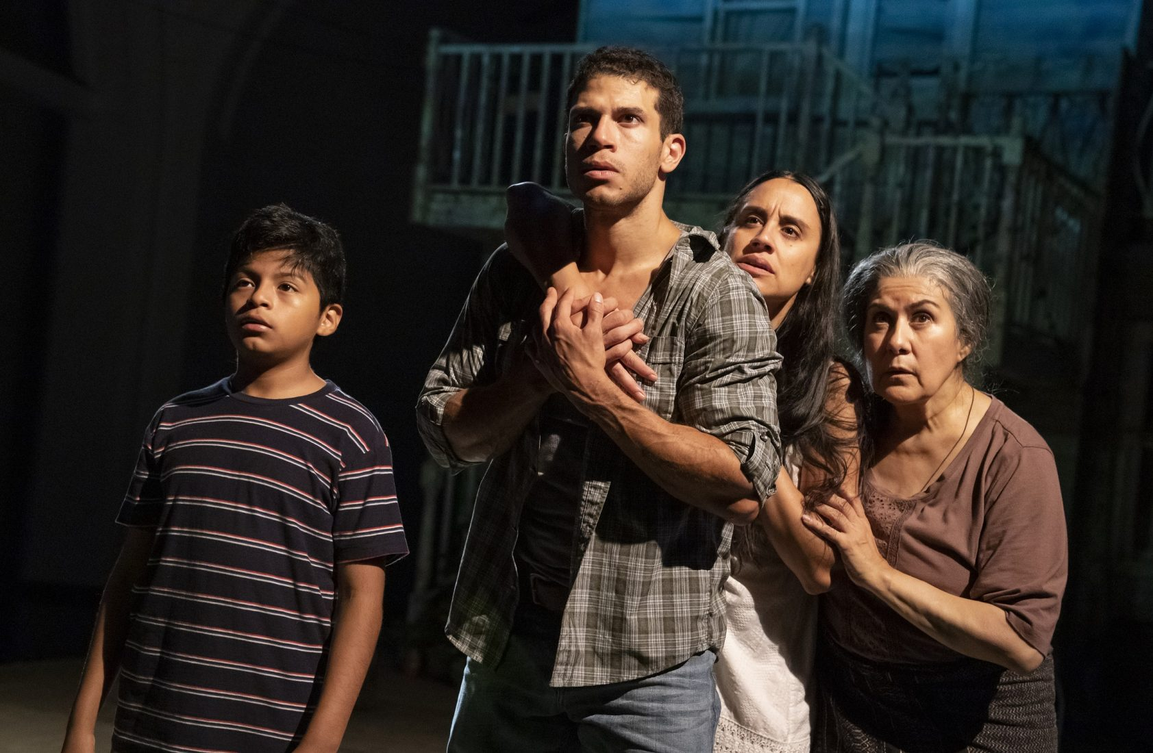 Show Review: Mojada