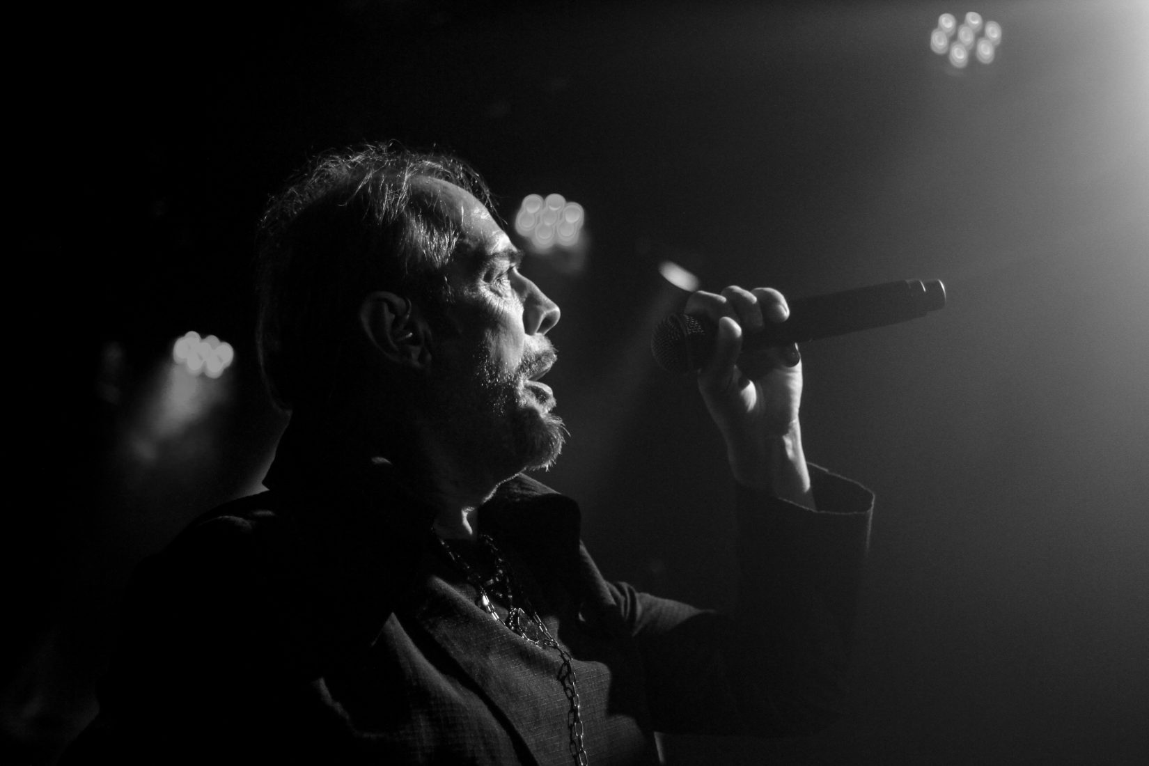Peter Murphy Spits Roses At Le Poisson Rouge Residency