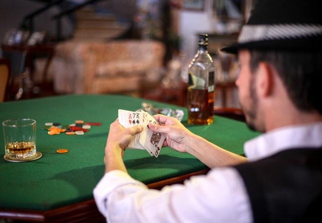 3 Ways to Learn Poker