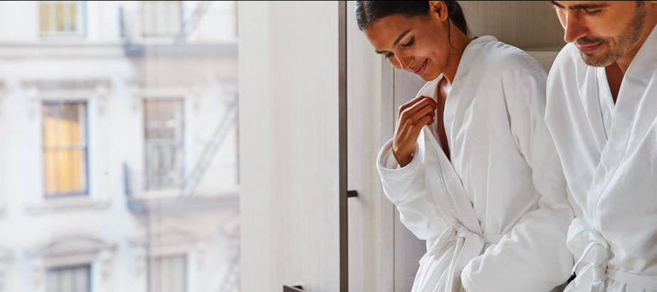 The Spa at Four Seasons Hotel NY Downtown Expands the Iconic Resident Healers Program with Renowned Astrologer and Traveling Hypnotist