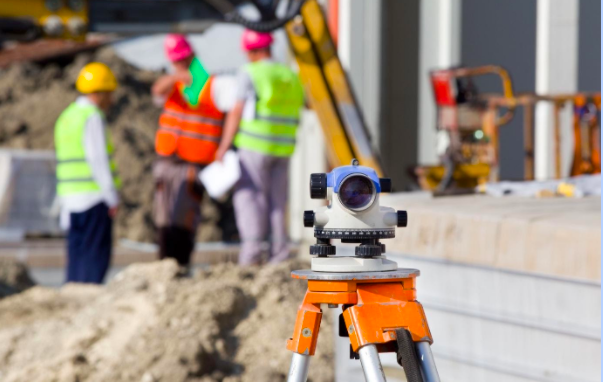 The Challenges of Working on Large Outdoor Construction and Excavation Site